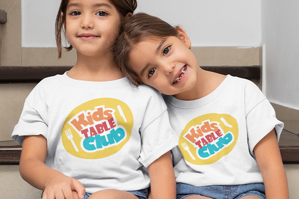Kids Table Thanksgiving T-shirt Image